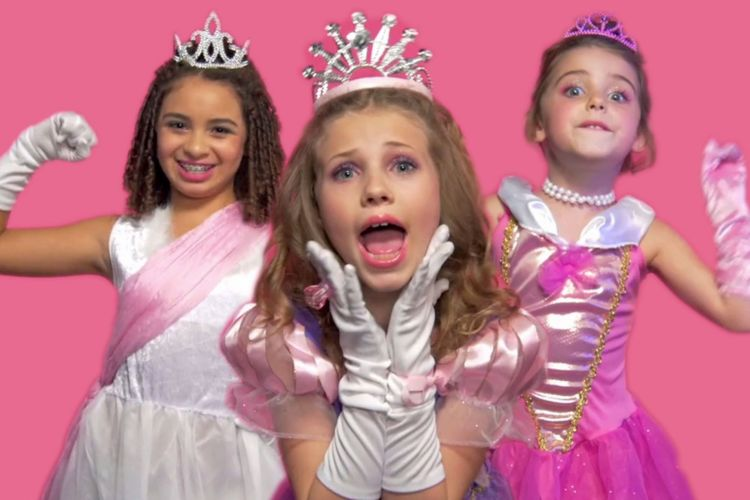 Potty-Mouthed-Princesses-Drop-F-Bombs-for-Feminism